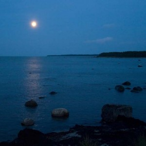 moon-sea-shore-Hiiumaa