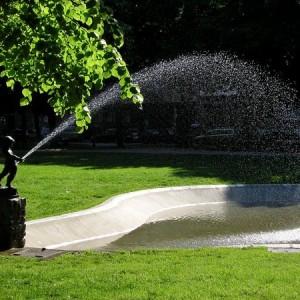 peeing_fountain_by_danielnikolic