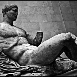 greek_statue_at_british_museum_by_estudiosideasoez-d5xukl5