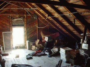 Attic-Cleaning-Los-Angeles-CA_01