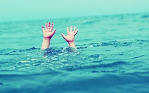 drowning-hands